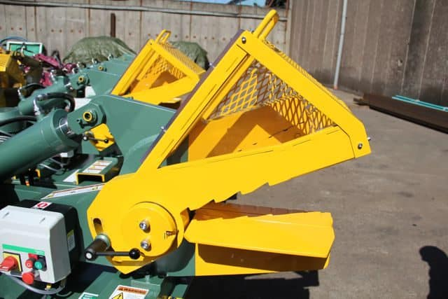 McIntyre-407-Hydraulic-Alligator-Shear-12200-640x427